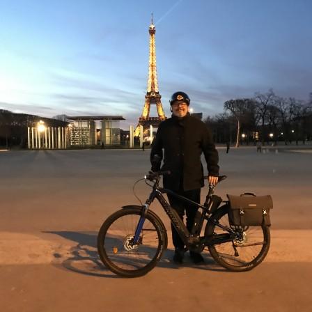 Tristan Tour Eiffel Moustache.jpg